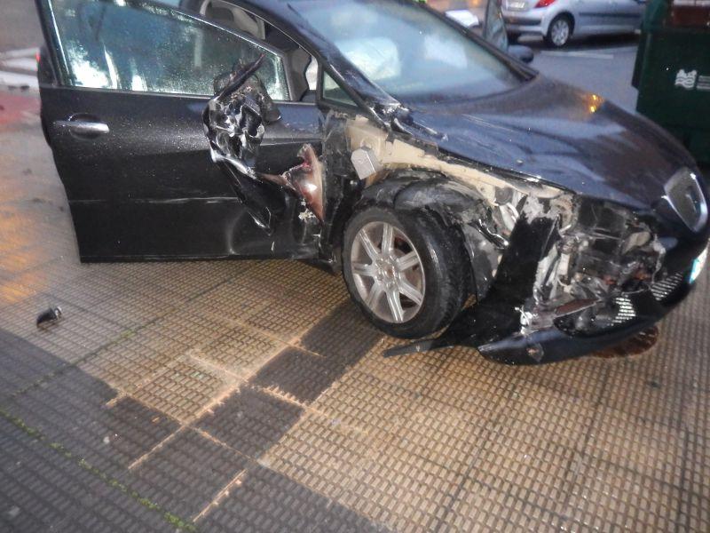 Detenido un conductor joven ebrio en su vivienda tras chocar contra un camión en Pamplona