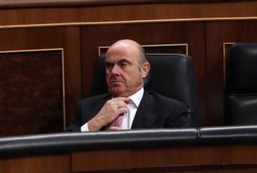 De Guindos encuentra en la Eurocámara el primer bache en la carrera al BCE