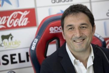 """Braulio Vázquez ve """"complicado"""" que Osasuna incorpore más jugadores"""