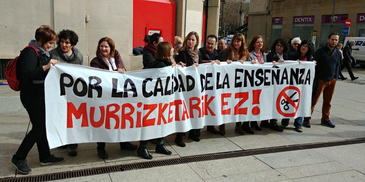 Los sindicatos de Educación piden una ley de financiación para la red pública
