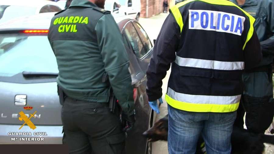 """Desmantelan un """"hipermercado de droga"""" que vendía en Navarra y La Rioja con diez detenidos"""