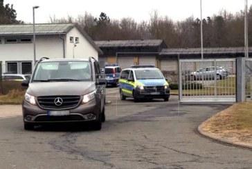 Puigdemont comparece hoy ante un juez alemán tras pasar la noche detenido
