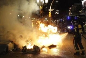 El juez deja libres con comparecencias quincenales a detenidos por disturbios en Cataluña