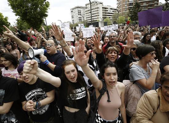El Ayuntamiento de Pamplona pide que no se conceda la libertad provisional a los cinco condenados de San Fermín 2016