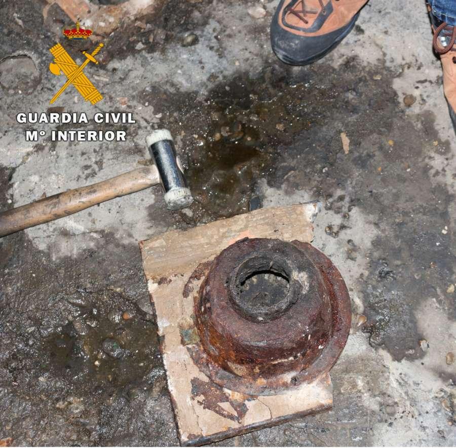 La Guardia Civil desarticula un taller clandestino dedicado a la reparación de vehículos