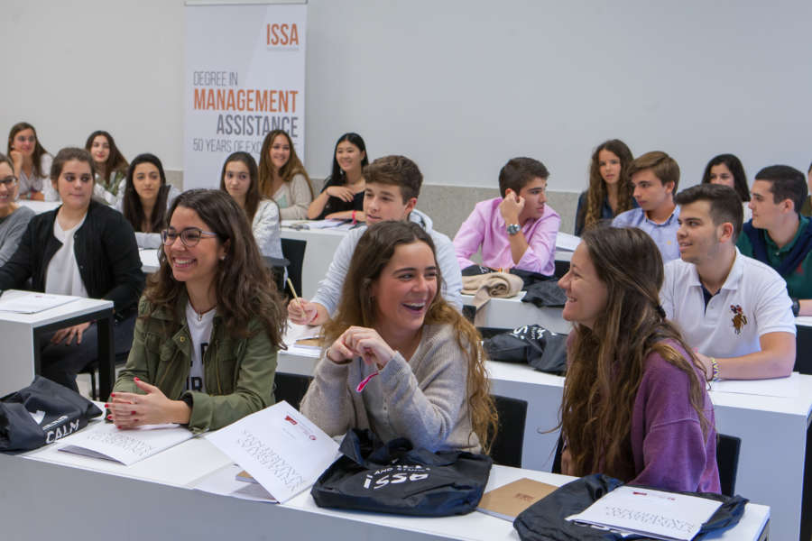 La Universidad de Navarra organiza la VII edición del curso de verano The World of Business