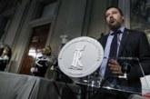 Salvini se va de fiesta tras el siniestro en Génova e Italia se indigna