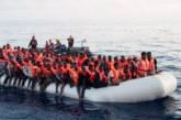 Más de 300 inmigrantes esperan en el Mediterráneo a que la UE los acoja