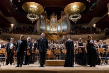 El Orfeón Pamplonés debuta y cautiva en el festival ruso Noches Blancas