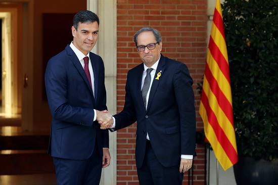 Sánchez no pone límites al diálogo con Torra pero no se reunirá con el Govern