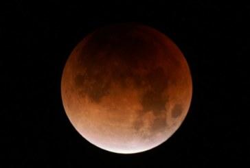 La Luna se tornará roja hoy, durante su eclipse más largo del siglo XXI