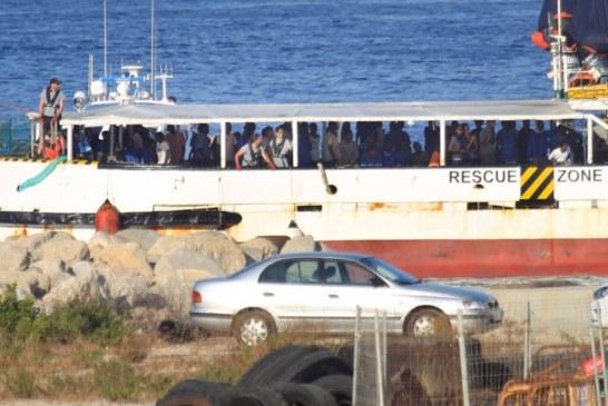 El Gobierno ofrece Algeciras como puerto de destino al Open Arms pero la ONG lo rechaza