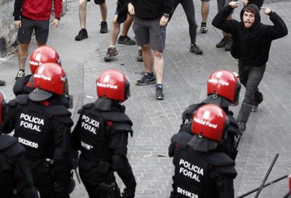 Desalojado gaztetxe del edificio Rozalejo entre protestas y críticas al Gobierno Foral