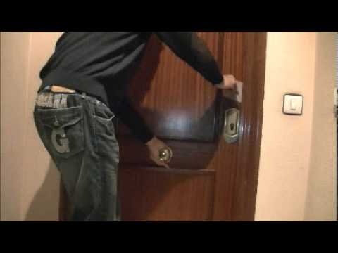 Policía Municipal de Pamplona alerta por robos en viviendas