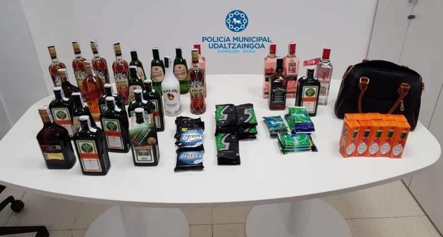 Dos detenidos en Pamplona por hurto de botellas de licor en supermercados