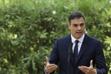 Sánchez ve «robustez económica» pero pide no depender tanto del turismo