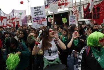 El Senado de Argentina rechaza despenalizar el aborto