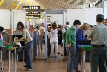 Desconvocada la huelga de vigilantes de Ilunion en Barajas y Las Palmas