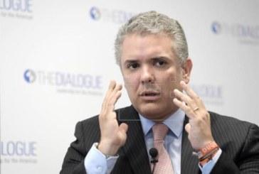 El ELN acusa a Duque de querer «hacer trizas» el proceso de paz