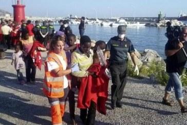El Gobierno apoyará a las comunidades en reparto de 8.000 menores extranjeros