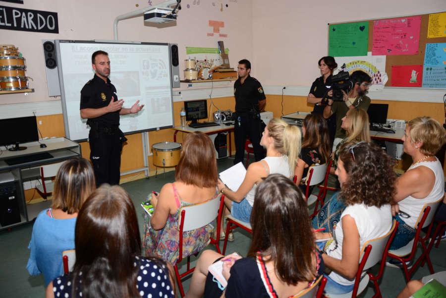 La Policía Nacional intensifica la lucha contra elbullyingen el nuevo curso escolar