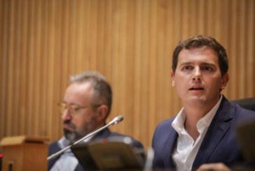 Rivera carga contra Sánchez por querer «blindar» los delitos de corrupción