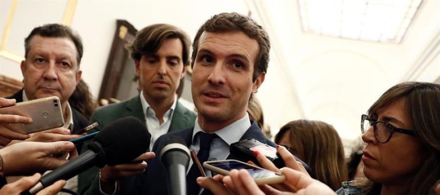 Casado avisa de que el PP bloqueará cualquier reforma constitucional que haya ahora
