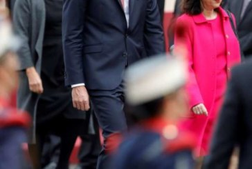 Gritos de «okupa» y petición de elecciones a Sánchez en el desfile del 12-O