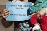 El cuatripartito aprueba rebajar y no eximir el tributo por maternidad por ley