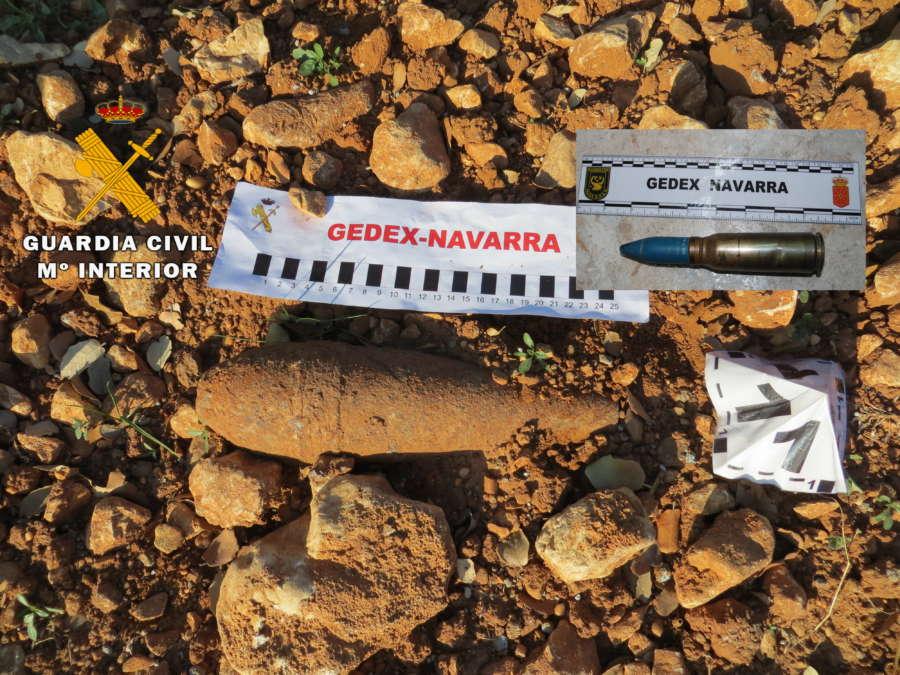 La Guardia Civil de Navarra destruye dos granadas de mortero y un proyectil de cañón aéreo
