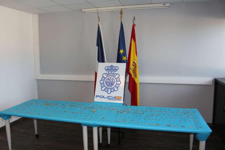 Policía Nacional entrega a Francia piezas de joyería robadas e intervenidas en Zamora y Gijón