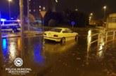 Las tormentas han dado lugar a diversas intervenciones esta noche en Pamplona