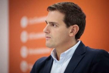 """Rivera apuesta por liderar gobiernos """"constitucionalistas"""" sin Vox ni Podemos"""