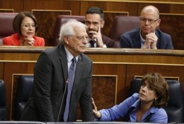 Borrell denuncia que un diputado de ERC le ha escupido en el hemiciclo
