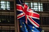 """May prepara el plan """"B"""" del """"brexit"""" entre peticiones de otra consulta"""