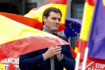 Rivera insta a Sánchez a comparecer «con urgencia» en el Congreso por el «gol» que le han metido con Gibraltar