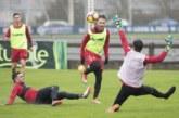 Osasuna continúa bajo la lluvia preparando el partido contra el Alcorcón