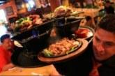 Los navarros son los que más gastan en comer y beber fuera de casa
