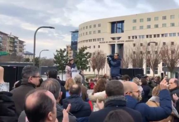 "Pamplona defiende la ""insumisión"" a Skolae por ""ilegal, ilegítimo e injusto"""