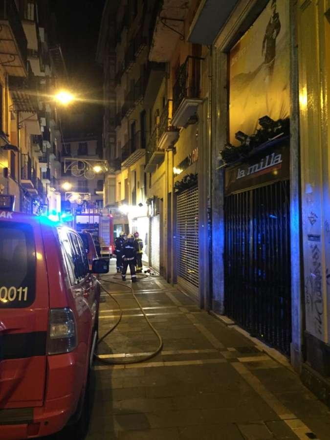 Dos trasladados al CHN por un incendio en una vivienda de Pamplona
