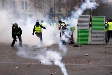 París se blinda ante el riesgo de violencia por los «chalecos amarillos»