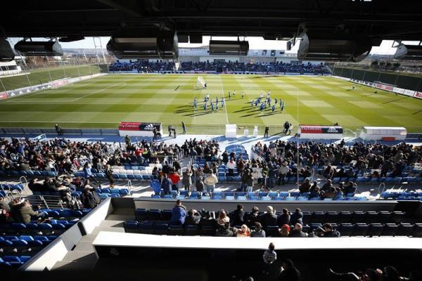 El Real Madrid pone el broche a 2018 rodeado de sus aficionados