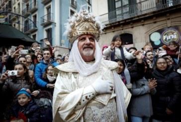 Los Reyes Magos de Oriente llenan de magia calles y pueblos de toda Navarra