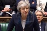 """May presenta en los Comunes el """"plan B"""" del """"brexit"""""""