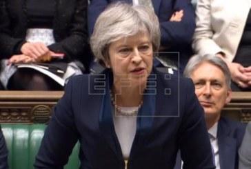 May abre la puerta a otro referéndum del «brexit» si se aprueba su acuerdo