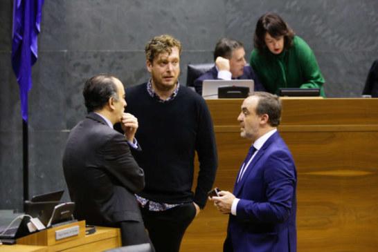 El cuatripartito rechaza desaprobar la mención a Navarra en el estatuto de la CAV