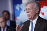 Bolton avisa a Irán: «No confundan prudencia con debilidad»
