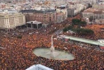 PP y Cs cifran en 200.000 los asistentes a la manifestación de Colón