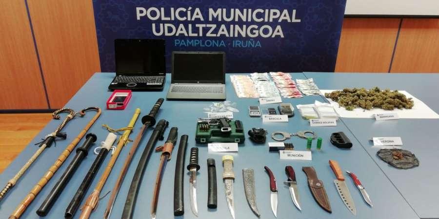 Desmantelados dos puntos de venta de droga en el barrio de la Rochapea