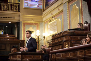 Rivera: «Señor Sánchez tenga dignidad y convoque elecciones»